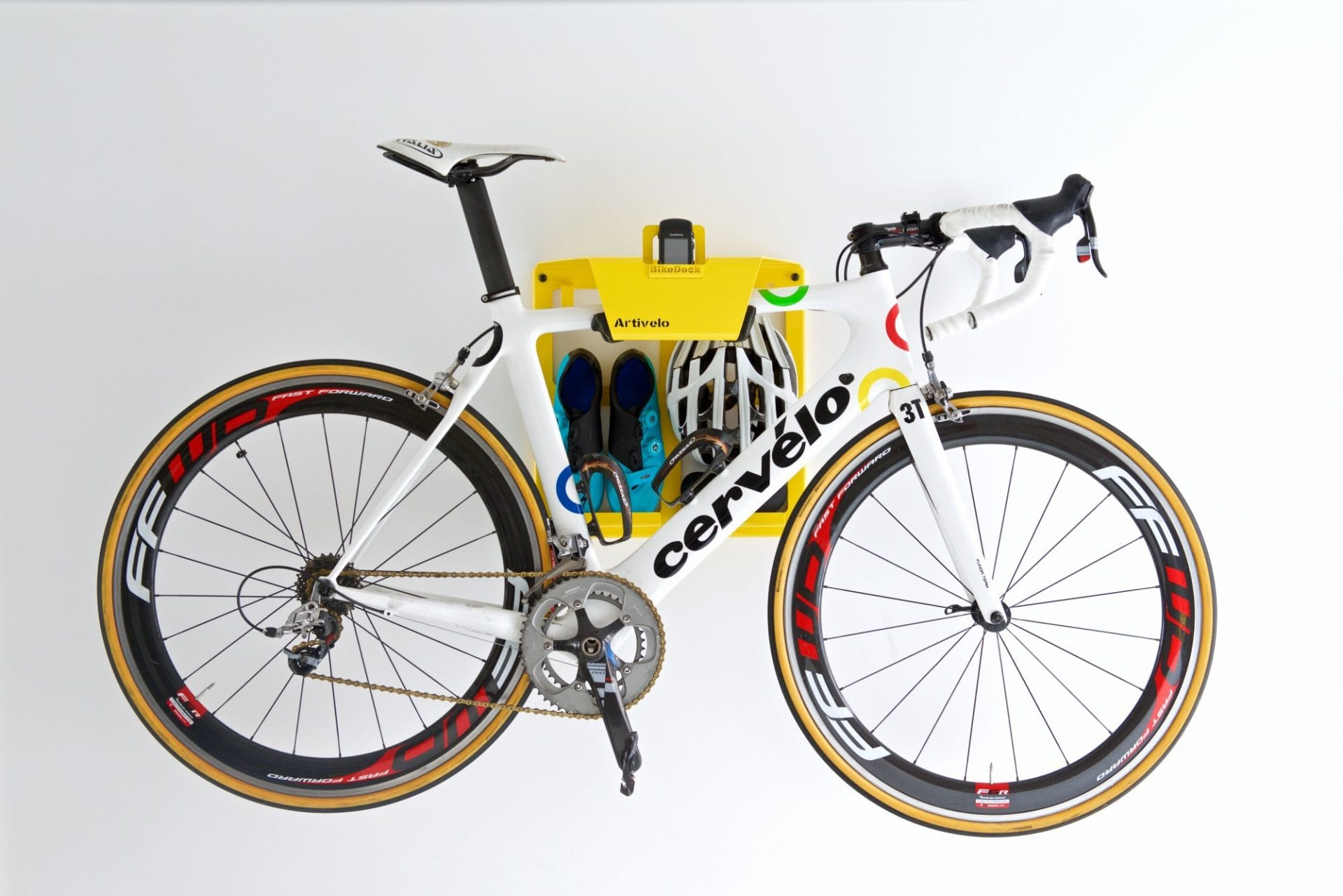Artivelo's clean and simple bike storage