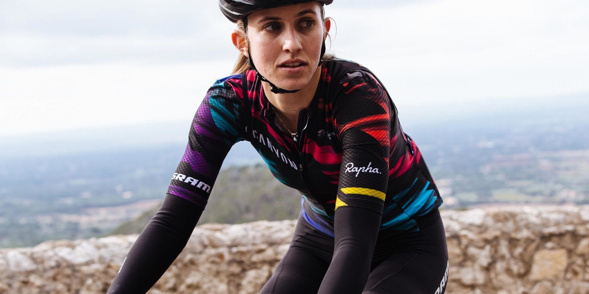 CANYON//SRAM official team kit makes its debut