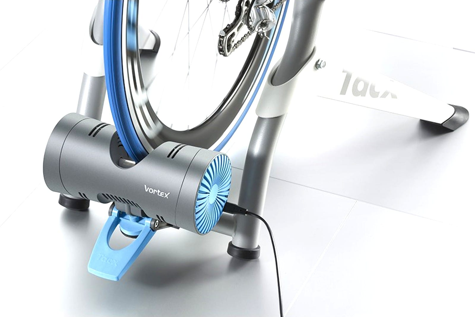 Tacx Vortex smart trainer makes Zwift affordable at home